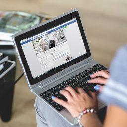 quảng cáo trực tuyến doanh nghiệp