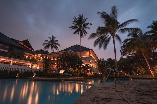 đầu tư khách sạn du lịch